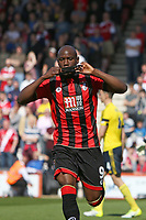 Football - 2016 / 2017 Premier League - AFC Bournemouth vs. Middlesbrough<br /> <br /> Bournemouth's Benik Afobe kisses his black arm band, worn in a mark of respect to Ugo Ehiogu after scoring at the Vitality Stadium (Dean Court) Bournemouth<br /> <br /> COLORSPORT/SHAUN BOGGUST