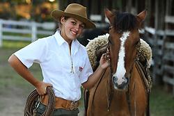 Uma prenda e seu cavalo no 12 Rodeio Internacional do Mercosul, um dos maiores eventos do gênero no parque de eventos Ireno Michel. FOTO: Jefferson Bernardes/Preview.com