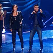 NLD/Hilversum/20131107- The Voice of Holland 1e live uitzending, optreden coaches en juryleden Ilse de lange, Marco Borsato, Ali B., Trijntje Oosterhuis