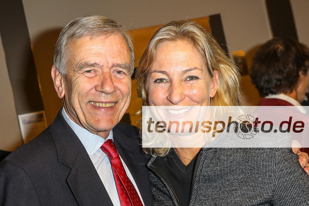 Dr. Georg von Waldenfels (DTB-Ehrenpräsident) und Barbara Rittner, DTB-Mitgliederversammlung, Mannheim, 17.11.2018, Foto: Claudio Gärtner