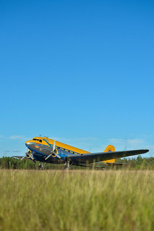 "Douglas DC-3 1945 ""Congo Queen"" 9Q-CUK <br /> Jämi Fly In & Airshow 2013<br /> Petri Juola Photography<br /> petrijuola.com"
