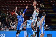 DESCRIZIONE : Beko Final Eight Coppa Italia 2016 Serie A Final8 Quarti di Finale Vanoli Cremona - Dinamo Banco di Sardegna Sassari<br /> GIOCATORE : Nikola Dragovic<br /> CATEGORIA : Tiro Controcampo<br /> SQUADRA : Vanoli Cremona<br /> EVENTO : Beko Final Eight Coppa Italia 2016<br /> GARA : Quarti di Finale Vanoli Cremona - Dinamo Banco di Sardegna Sassari<br /> DATA : 19/02/2016<br /> SPORT : Pallacanestro <br /> AUTORE : Agenzia Ciamillo-Castoria/L.Canu