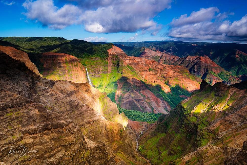 Waipo'o Falls, Waimea Canyon State Park, Kauai, Hawaii USA