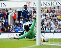 Photo: Chris Ratcliffe.<br /> Tottenham Hotspur v Inter Milan. Pre Season Friendly. 28/07/2006.<br /> Obafemi Martins of Inter Milan scores the equaliser past Radek Cerny of Spurs to make ot 1-1.