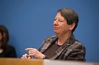 DEU, Deutschland, Germany, Berlin, 09.01.2017: Bundesumweltministerin Dr. Barbara Hendricks (SPD) in der Bundespressekonferenz zum Thema Start des Projektes F.R.A.N.Z.