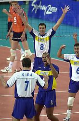21-09-2000 AUS: Olympic Games Volleybal Nederland - Brazilie, Sydney<br /> Nederland verliest met 3-0 van Brazilie / Douglas Chiarotti