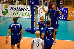 12-09-2010 VOLLEYBAL: EK KWALIFICATIE NEDERLAND - ESTLAND: ROTTERDAM<br /> Kert Toobal EST (#5) en Oliver Venno (#11) zijn blij met een punt<br /> ©2010-WWW.FOTOHOOGENDOORN.NL / Peter Schalk