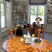 NLD/Den Haag/20190703 - Bezichtiging kamers paleis Huis ten Bosch, Werkkamer van Koningin Maxima