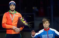 25-01-2015 NED: ISU European Championships Shorttrack, Dordrecht<br /> Sjinkie Knegt pakt het goud en is Europees kampioen, ELISTRATOV Semen RUS