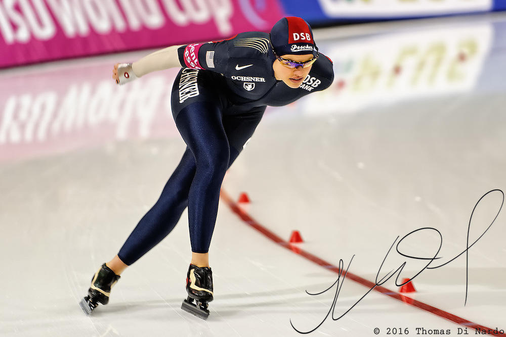 Nancy Swider-Peltz (USA) competes in the 3000m distance at the Essent ISU World Cup Speed Skating event held at the Utah Olympic Oval in Salt Lake City (USA) - March 6-7, 2009.