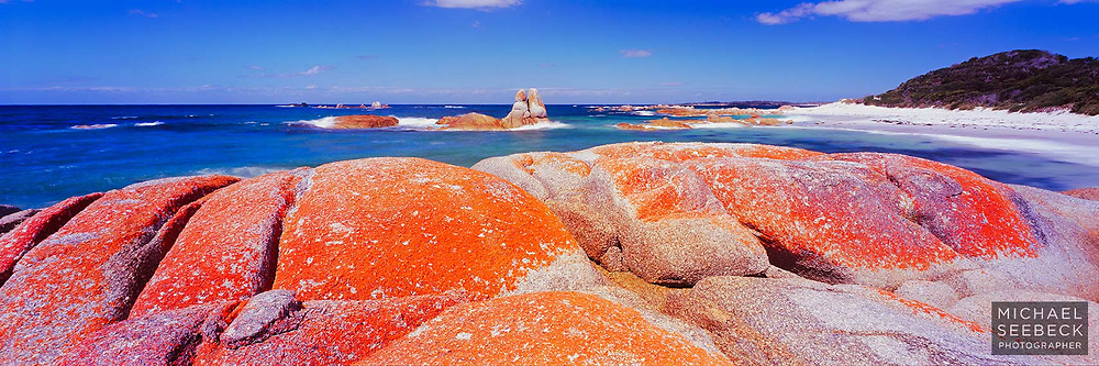Stunning coastal scenery at the 'Bay of Fires' in Tasmania<br /> <br /> Code: HADF0002<br /> <br /> Limited Edition Print