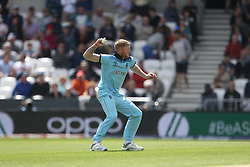 June 21, 2019 - Leeds, Yorkshire, United Kingdom - Ben Stokes lines up a throw at the stumps  during the ICC Cricket World Cup 2019 match between England and Sri Lanka at Headingley Carnegie Stadium, Leeds on Friday 21st June 2019. (Credit Image: © Mi News/NurPhoto via ZUMA Press)