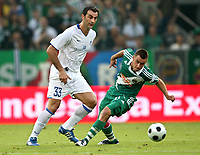 Fotball<br /> Kypros<br /> Foto: Gepa/Digitalsport<br /> NORWAY ONLY<br /> <br /> 06.08.2008<br /> UEFA Champions League Qualifikation, SK Rapid Wien vs Anorthosis Famagusta FC. <br /> <br /> Bild zeigt Traianos Dellas (Famagusta) und Steffen Hofmann (Rapid)