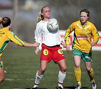 Fotball, 23.april 2005, Toppserien, Liungen - Sandviken 3-3,  Randi Bjørkestrand, Sandviken