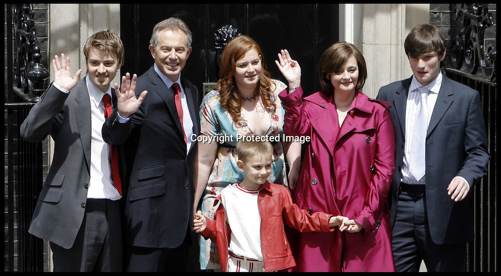 Alternate crop of -ars balir 5 Tony Blair and his wife Cherie and their family   leave Downing st  as he stands down as PM.PRESS ASSOCIATION Photo. Picture date:Wednesday 27th June  , 2007. Photo credit should read: Andrew Parsons/PA.