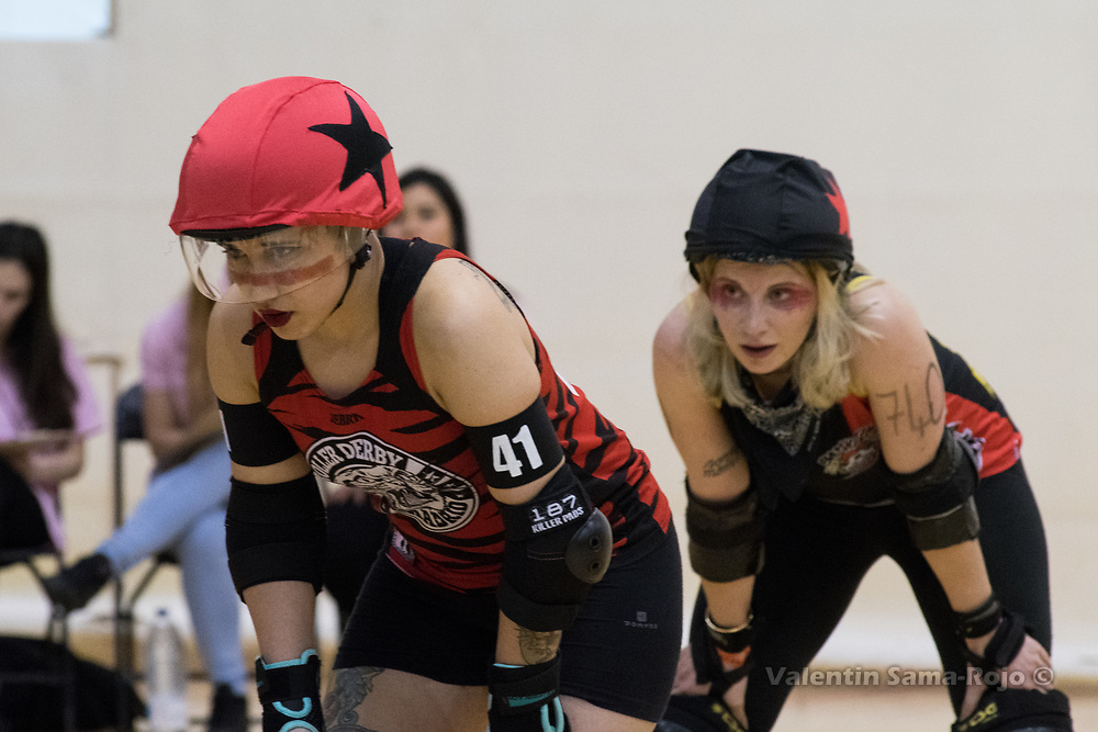 Madrid, Spain. 17th January, 2018. Jammers of Roller Derby Madrid B, #41 Malas Formas, and Baywitch Project Nice Roller Derby, #740 Daria Damage, during the game held in Madrid. © Valentin Sama-Rojo