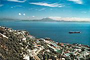 Spanje, Gibraltar, 8-6-2006Uitzicht op de middellandse zee en marokko vanaf de rots Gibraltar. Toerisme, geld, luxe, vakantieBritse kroonkolonie. Spanje wil de rots terug.Foto: Flip Franssen