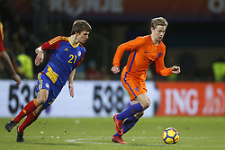 (L-R), Andre Armada of Jong Andorra, Frenkie de Jong of Jong Oranje during the EURO U21 2017 qualifying match between Netherlands U21 and Andorra U21 at the Vijverberg stadium on November 10, 2017 in Doetinchem, The Netherlands