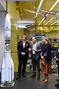 Koning Willem-Alexander en koningin Maxima bezoeken Airbus spacecenter tijdens een werkbezoek aan de Vrije Hanzestad Bremen.<br /> <br /> King Willem-Alexander and Queen Maxima visit Airbus spacecenter during a working visit to the Free Hanseatic City of Bremen.