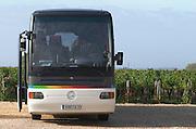 Bus. Chateau la Grace Dieu les Menuts, Saint Emilion, Bordeaux, France
