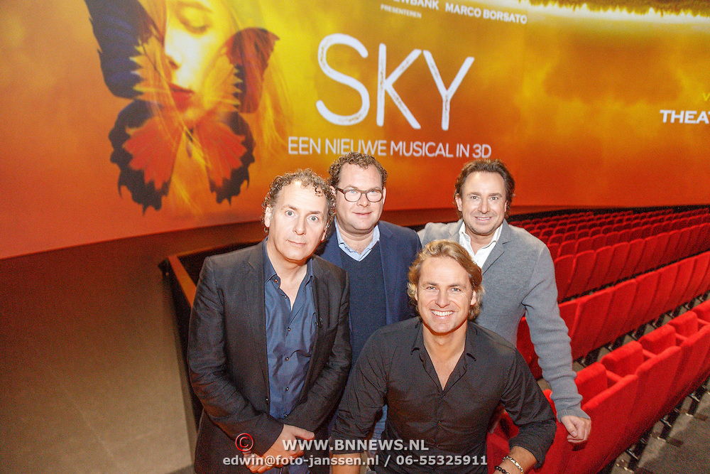 NLD/Amsterdam/20151207 - Perspresentatie nieuwe musical Sky van Robin de Levita, Marco Borsato en John Ewbank, met Cees Akkerboom