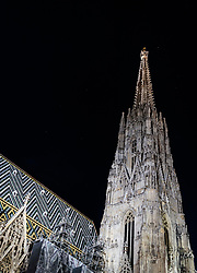 THEMENBILD - Stephansdom bei Nacht, aufgenommen am 03. Juli 2017, Wien, Österreich // St. Stephen's Cathedral at night, Vienna, Austria on 2017/07/03. EXPA Pictures © 2017, PhotoCredit: EXPA/ JFK