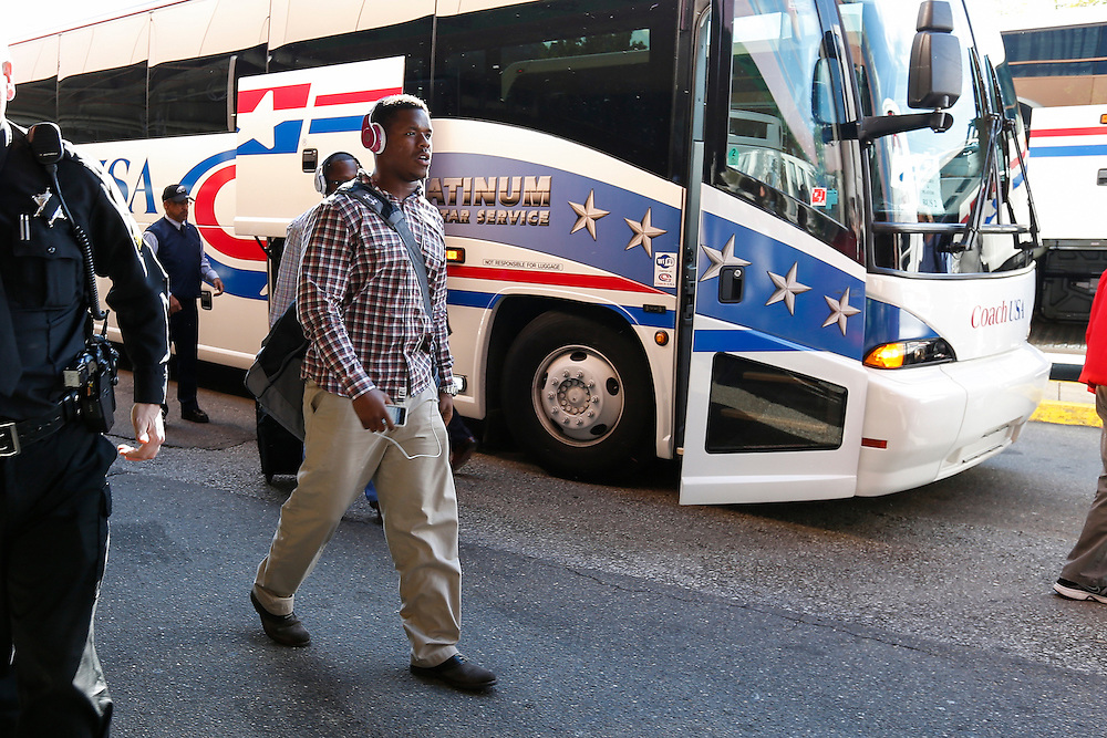 Philadelphia Eagles linebacker Adrian Moten (57) arrives at the hotel on Saturday, October 6th 2012 in Pittsburgh. (Photo by Brian Garfinkel)