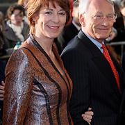 NLD/Amsterdam/20080201 - Verjaardagsfeest Koninging Beatrix en prinses Margriet, Tineke de Groot en partner