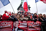 18032012. Paris. Présidentielle 2012. Marche du Front de gauche pour une 6ème République. Discours de Jean-Luc Mélenchon place de la Bastille en clôture.