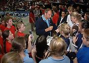 2005 British Indoor Rowing Championships, Sir Steve REDGRAVE, signs competitors programmes. National Indoor Arena, Birmingham, ENGLAND,    20.11.2005 [Mandatory Credit Peter Spurrier/ Intersport Images]