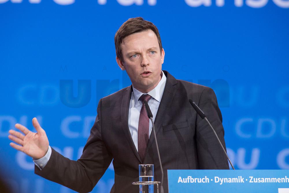 26 FEB 2018, BERLIN/GERMANY:<br /> Tobias Hans, CDU, Fraktionsvorsitzender Saarland, CDU Bundesparteitag, Station Berlin<br /> IMAGE: 20180226-01-106<br /> KEYWORDS: Party Congress, Parteitag