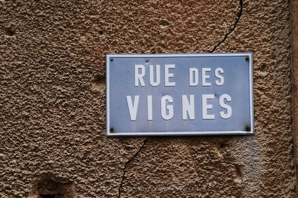 street sign rue des vignes kientzheim alsace france