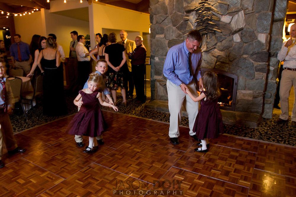 Maja and Rob's wedding dancing..
