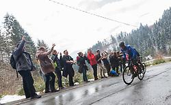 """23.03.2018, Rad-WM-Strecke, Innsbruck, AUT, Testbefahrung der Strecke für die UCI Straßenrad WM 2018 in Innsbruck-Tirol mit der italienischen Nationalmannschaft, im Bild Vincenzo Nibali am bis zu 25% steilen Streckenabschnitt """"Höttinger-Höll"""" über Innsbruck// during a test inspection of the track with the italian cycling team for the UCI 2018 UCI Road World Championships in Innsbruck-Tirol, Austria on 2018/03/23. EXPA Pictures © 2018, PhotoCredit: EXPA/ Jakob Gruber"""