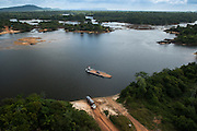 Kurupukari ferry crossing<br /> Iwokrama<br /> Rupununi<br /> GUYANA<br /> South America