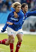 Fotball. Eliteserien Vålerenga - Start. Tobias Grahn og Freddy Dos Santos jubler for 1-0 til Vålerenga. VIF vant tilslutt 4-0.<br /> <br /> Foto: Andreas Fadum, Digitalsport