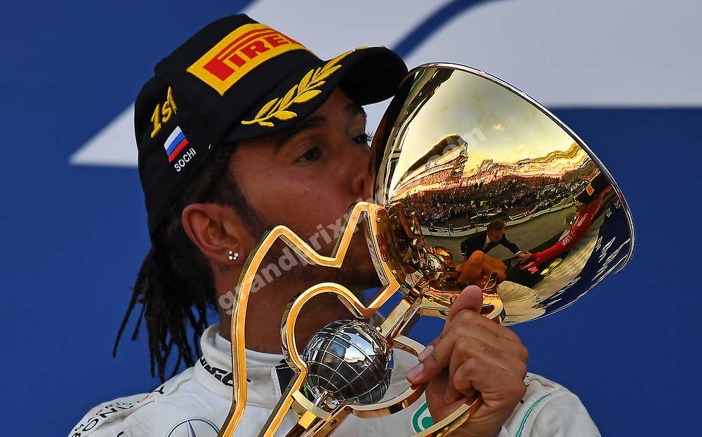 Lewis Hamilton (Mercedes) kisees his trophy on the podium after the 2019 Russian Grand Prix at the Sochi Autodrom. Photo: Grand Prix Photo