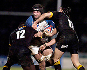 2004/05 Zurich Premiership, London Wasps vs Bath. Causeway Stadium, High Wycombe, ENGLAND:<br />Baths Danny Grewcock goes for the gap between Ayoola Erinle [L] and Rob Hoadley<br /><br />Photo  Peter Spurrier. <br />email images@intersport-images