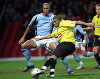 Fotball<br /> FA Cup England 2004/2005<br /> 3. runde<br /> 08.01.2005<br /> Foto: SBI/Digitalsport<br /> NORWAY ONLY<br /> <br /> Watford v Fulham<br /> <br /> Watford's Hameur Bouazza tries for goal against Fulham.