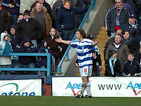 Photo: Kevin Poolman.<br />Queens Park Rangers v Wolverhampton Wanderers. Coca Cola Championship. 04/03/2006. <br />QPR's Gareth Ainsworth is unhappy with the referee.