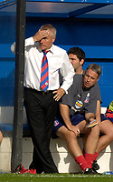 Photo: Daniel Hambury.<br />Luton Town v Crystal Palace. Coca Cola Championship. 09/09/2006.<br />Palace's manager Peter Taylor cant look.