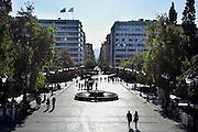 Griekenland, Athene, 5-7-2008Syntagma square, het centrale plein van de stad.Foto: Flip Franssen