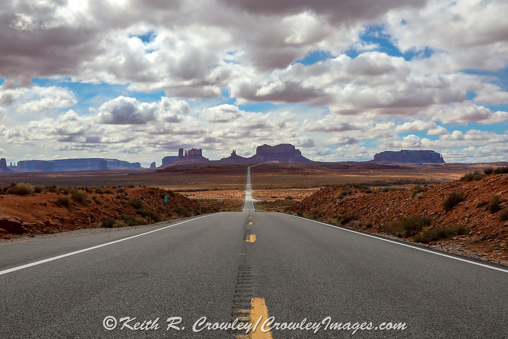 """Monument Valley on the Utah Arizona Border. Location of a scene in the movie """"Forrest Gump."""""""