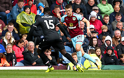 Johann Gudmundsson of Burnley takes on Jeffrey Schlupp of Crystal Palace - Mandatory by-line: Robbie Stephenson/JMP - 10/09/2017 - FOOTBALL - Turf Moor - Burnley, England - Burnley v Crystal Palace - Premier League