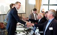 SOESTDUINEN - Willem Zelsmann wordt de nieuwe voorzitter van de NGF . Algemene Ledenvergadering van de NGF (Nederlandse Golf Federatie) met bestuurswisseling. COPYRIGHT KOEN SUYK