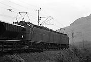 Malmtåg på järnvägen mot Riksgränsen och Narvik