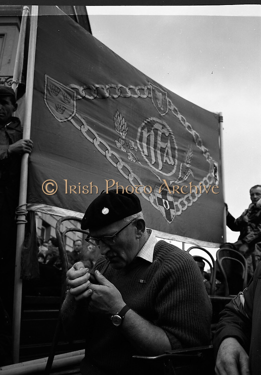 National Farmer's Association Deputation Sit-In at the Department of Agriculture. Rickard Deasy, President of the N.F.A..19.10.1966