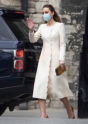 © Licensed to London News Pictures. 23/03/2021. Windsor, UK. Catherine, Duchess of Cambridge waves as she leaves Westminster Abbey after visiting the vaccine centre. Photo credit: Peter Macdiarmid/LNP