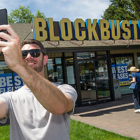 Scott Thornton takes a selfie on July 13, 2018, in front of the Bend, Ore., Blockbuster.