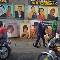 Street scene in Lagos...Photo: Tom Pietrasik.Lagos, Nigeria.April 27th 2012